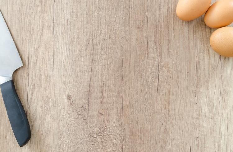 Jak czyścić i pielęgnować przybory kuchenne z drewna?